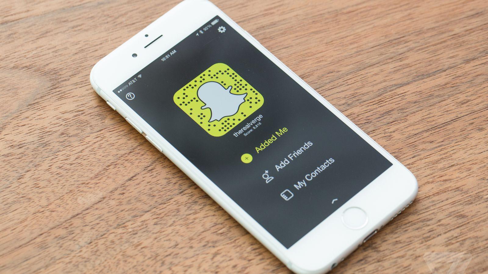Aplicatia Snapchat pentru iPhone