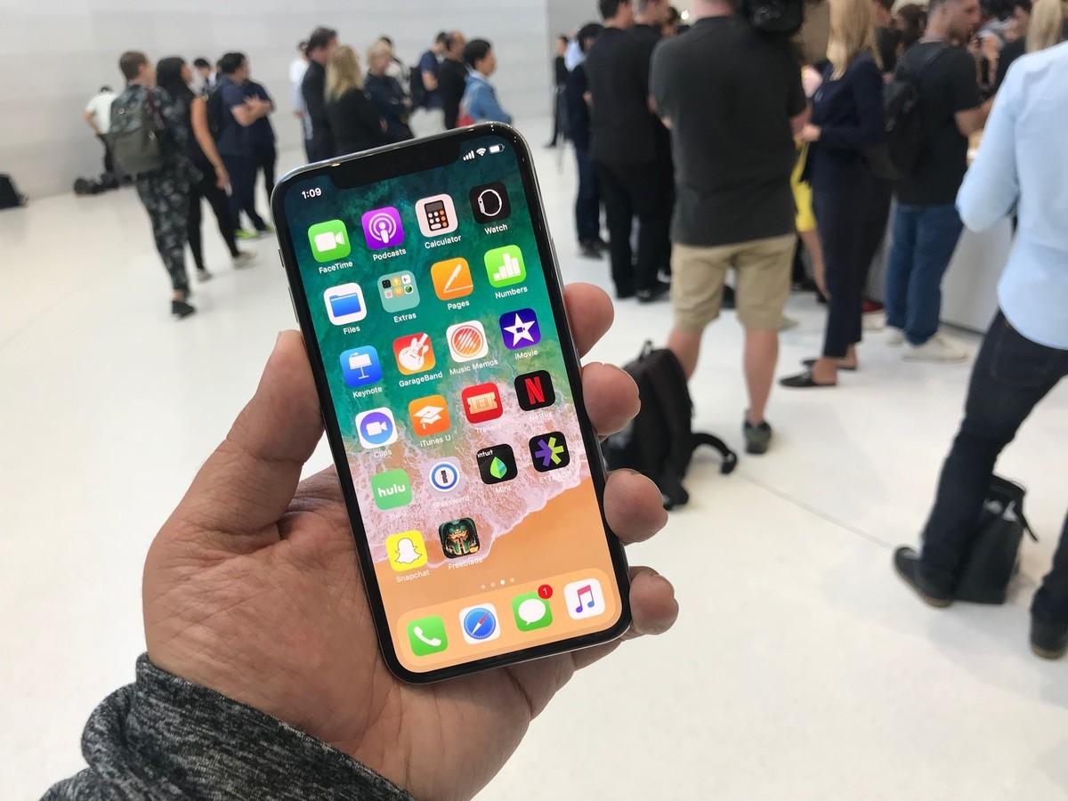 iPhone 8, iPhone 8 Plus și iPhone X în România