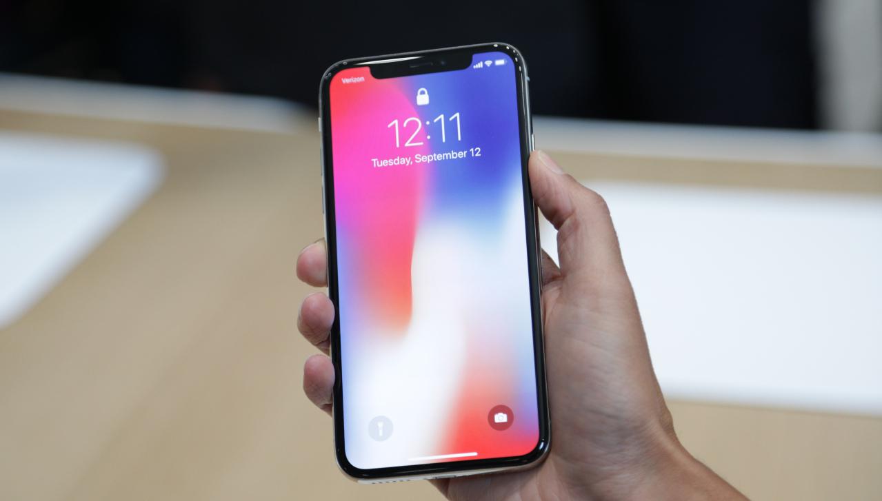 iPhone X – autonomia bateriei și calitatea ecranului